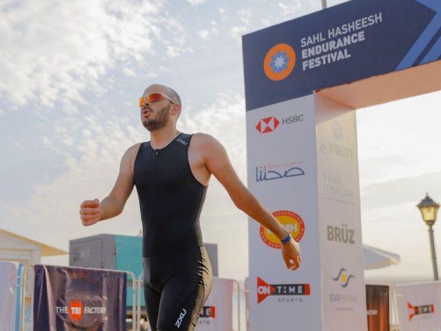 nabil adel cross the finish line at sahl hashessh endurance festival